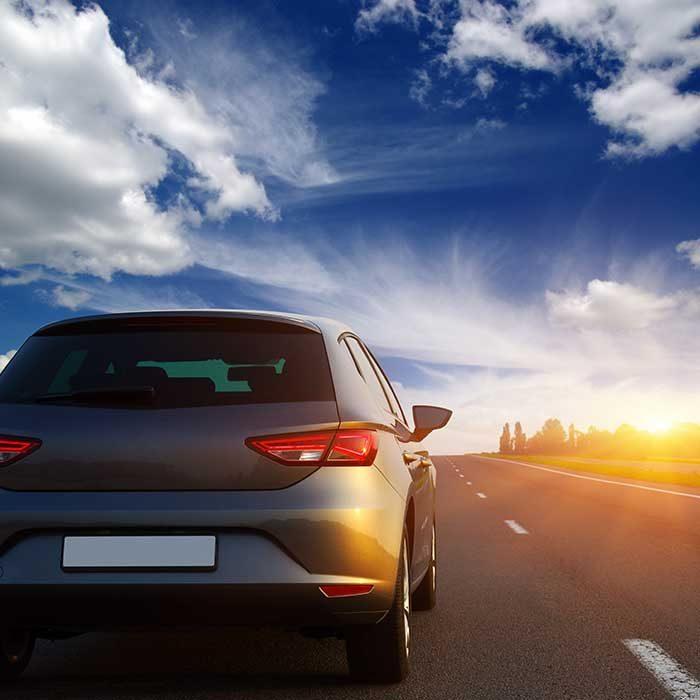 Legalização automóvel e placas de matrícula